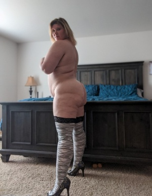 BBW In Stockings
